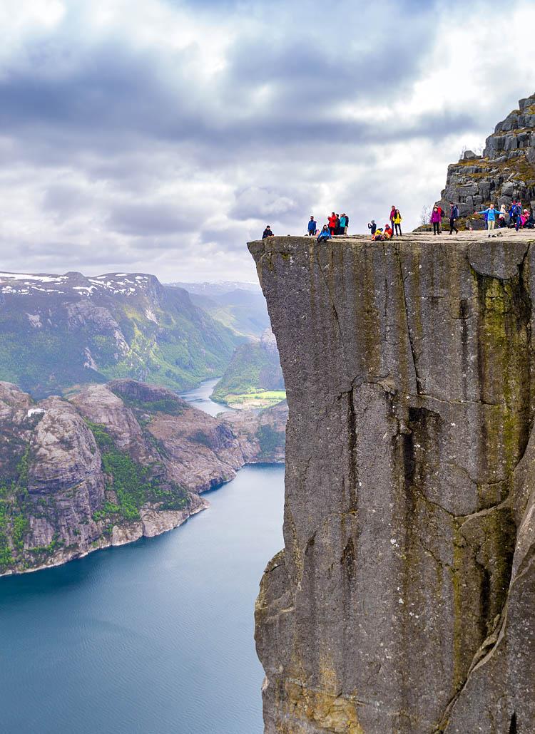 pulpit-rock-cliff