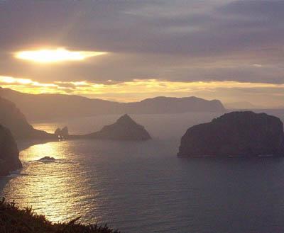 gaztelugatxe-distant-sunset